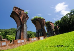 Span3_remains_of_longteng_bridge_______-001