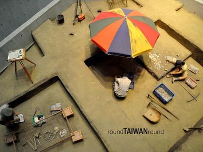 Resize 400x300 shihsanhang museum          012